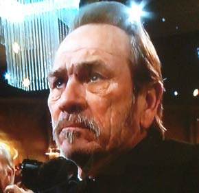 tommy-lee-jones-is-not-impressed-golden-globes