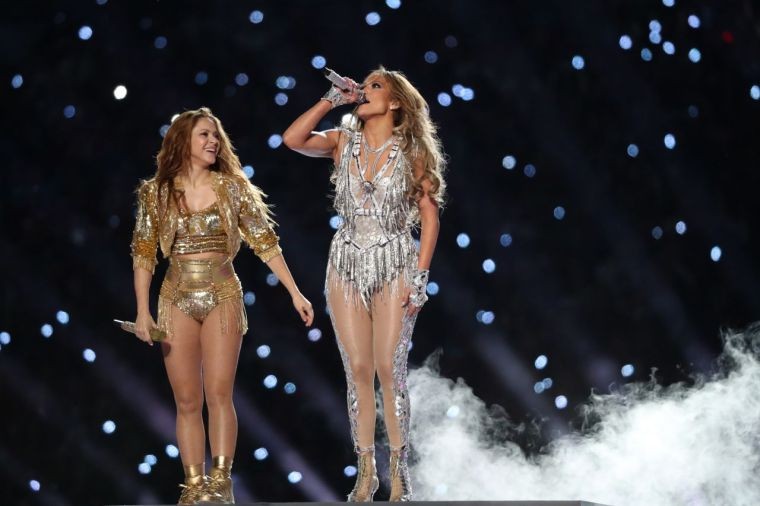 jennifer-lopez-and-shakira-super-bowl-liv-halftime-show-1